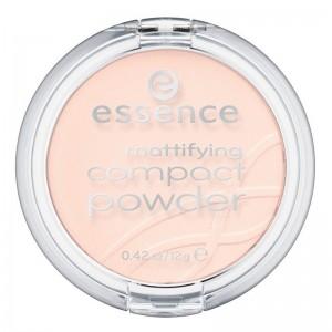 essence - mattifying compact powder 11