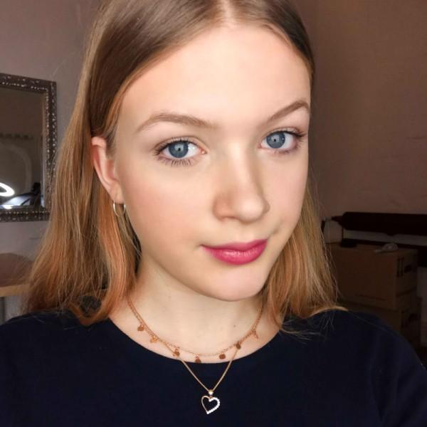 2019-01-24-leonie-makeup-lookGzgaMSmao3RzW