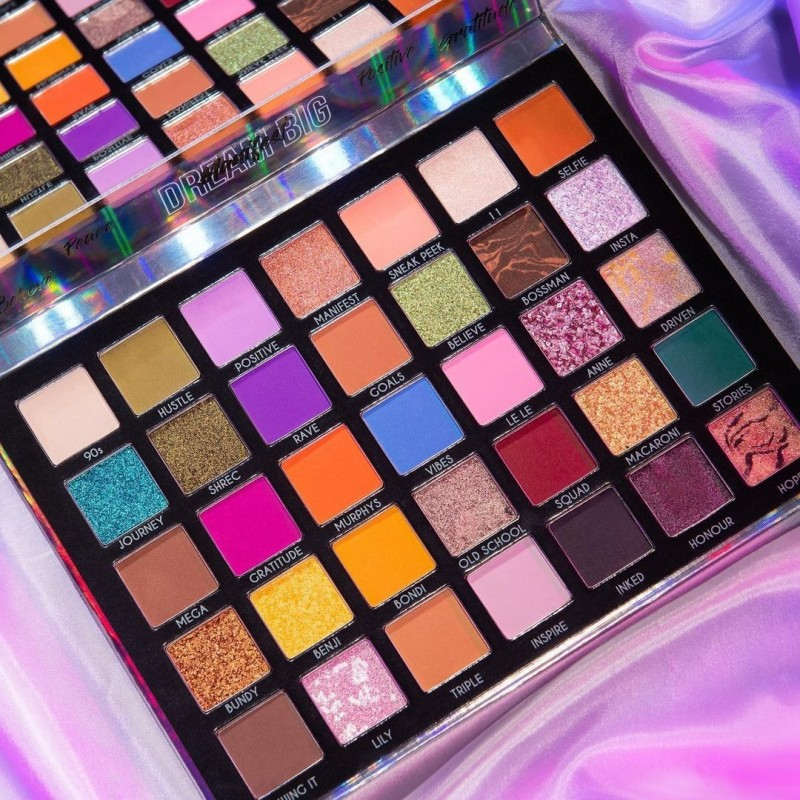 media/image/bperfect-eyeshadow-palette-1080.jpg
