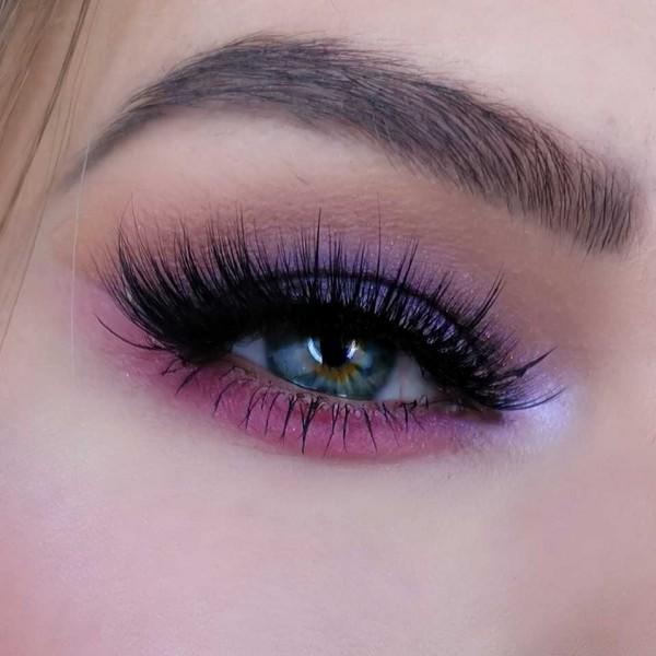 2018-12-20-nye-makeup-look-closeup