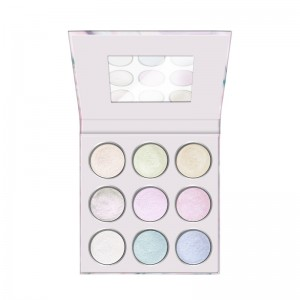 essence - Eyeshadow Palette - never give up your daydream eyeshadow palette